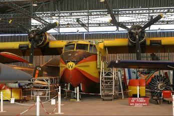 F-ZBBW - France - Sécurité Civile Canadair CL-215