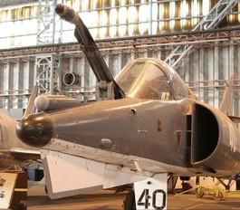 40 - France - Navy Dassault Etendard