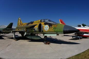 37074 - Sweden - Air Force SAAB AJS 37 Viggen
