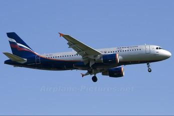 VQ-BAZ - Aeroflot Airbus A320