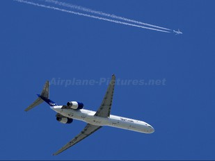 OH-BLE - Blue1 McDonnell Douglas MD-90