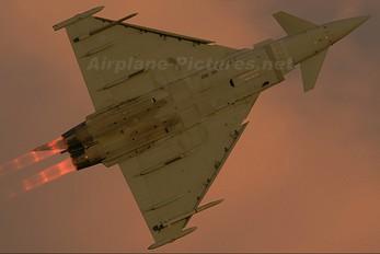 ZJ801 - Royal Air Force Eurofighter Typhoon T.3