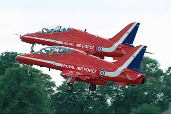 "XX253 - Royal Air Force ""Red Arrows"" British Aerospace Hawk T.1/ 1A"