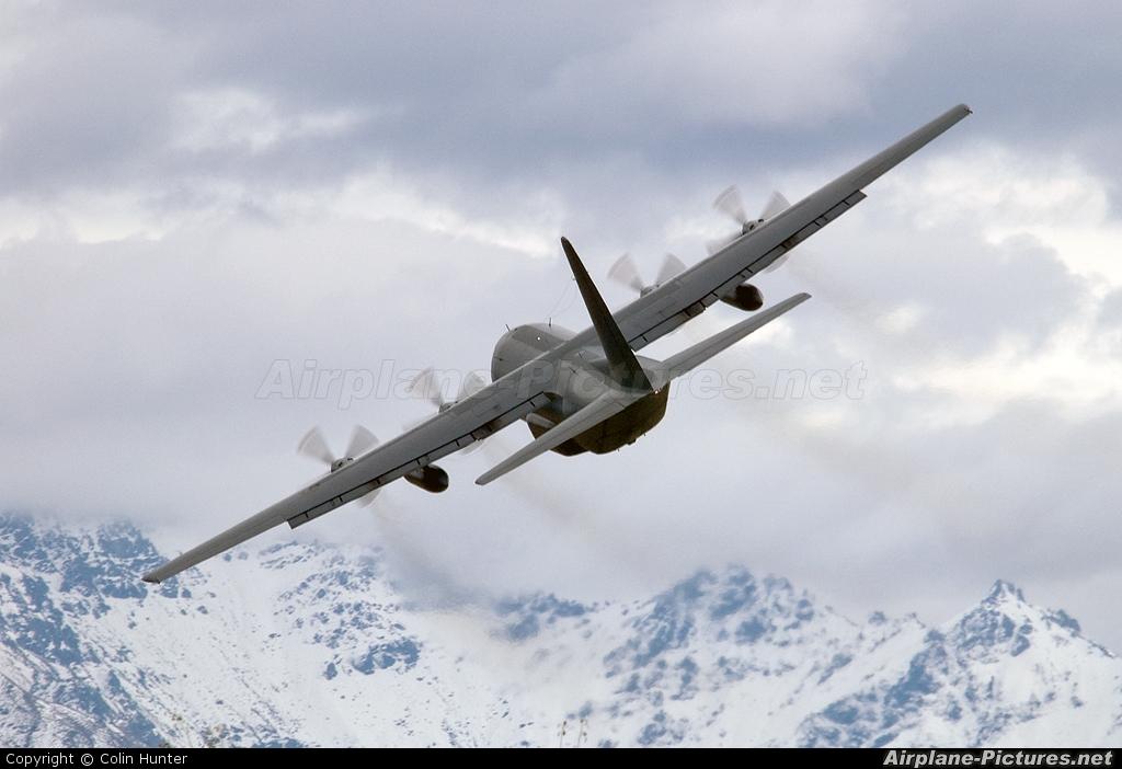 New Zealand - Air Force NZ7002 aircraft at Wanaka