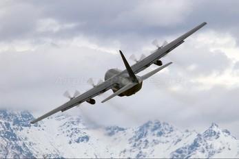 NZ7002 - New Zealand - Air Force Lockheed C-130H Hercules