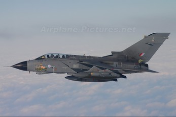 ZG777 - Royal Air Force Panavia Tornado GR.4 / 4A