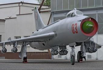 03 - Poland - Air Force Sukhoi Su-7BM