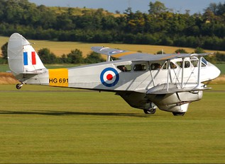 G-AIYR - Spectrum Leisure de Havilland DH. 89 Dragon Rapide