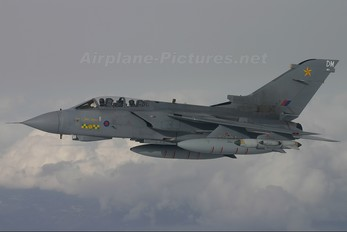 ZA542 - Royal Air Force Panavia Tornado GR.4 / 4A