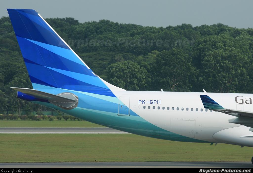 Garuda Indonesia PK-GPH aircraft at Singapore - Changi
