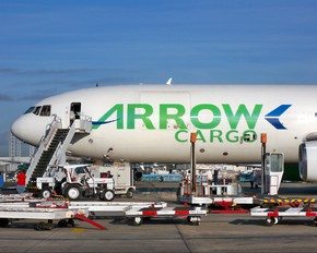 N450ML - Arrow Cargo McDonnell Douglas DC-10F