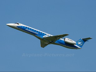 UR-DNA - Dniproavia Embraer ERJ-145