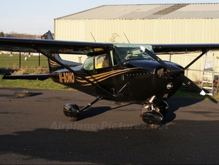 M-BONO - Private Cessna 172 Skyhawk (all models except RG)