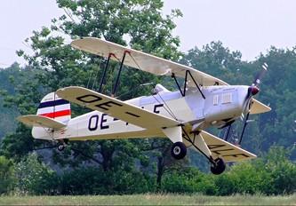 OE-ALF - Private Tatra T-131 Jungmann