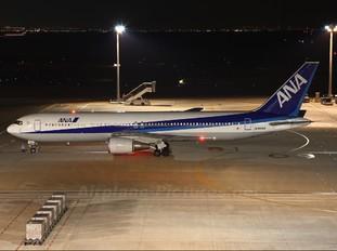 JA8259 - ANA - All Nippon Airways Boeing 767-300