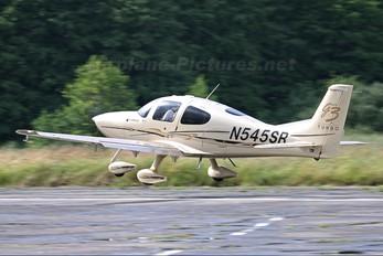 N545SR - Private Cirrus SR22