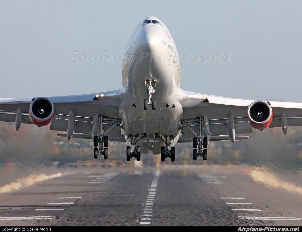 Virgin Atlantic G-VBIG aircraft at London - Gatwick