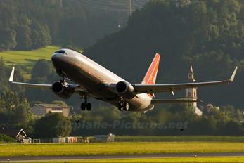 OE-LNT - Lauda Air Boeing 737-800
