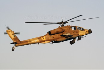 910 - Isohigh Boeing AH-64A Peten