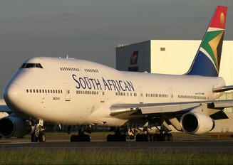 ZS-SAZ - South African Airways Boeing 747-400