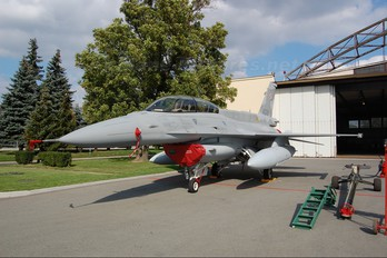 4079 - Poland - Air Force Lockheed Martin F-16D block 52+Jastrząb