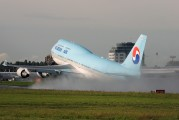HL7465 - Korean Air Boeing 747-400 aircraft
