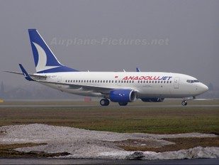 EI-EDT - AnadoluJet Boeing 737-700