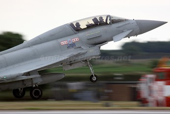 ZJ813 - Royal Air Force Eurofighter Typhoon T.1