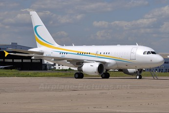 9H-AFM - Comlux Aviation Airbus A318 CJ