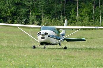 LY-ARP - Private Cessna 182 Skylane (all models except RG)