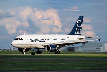 XA-UAQ - Mexicana Airbus A319