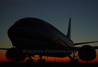 - - Maersk Boeing 737-700