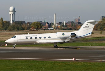 102001 - Sweden - Air Force Gulfstream Aerospace Tp102A