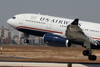 N280AY - US Airways Airbus A330-200