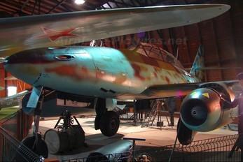 - - Germany - Luftwaffe (WW2) Messerschmitt Me.262 Swallow