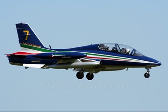"- - Italy - Air Force ""Frecce Tricolori"" Aermacchi MB-339-A/PAN"