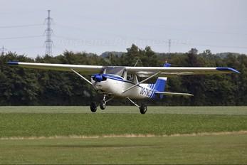 OO-TMD - Private Cessna 152