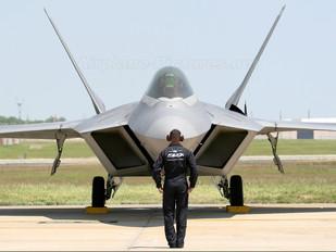 04-4071 - USA - Air Force Lockheed Martin F-22A Raptor