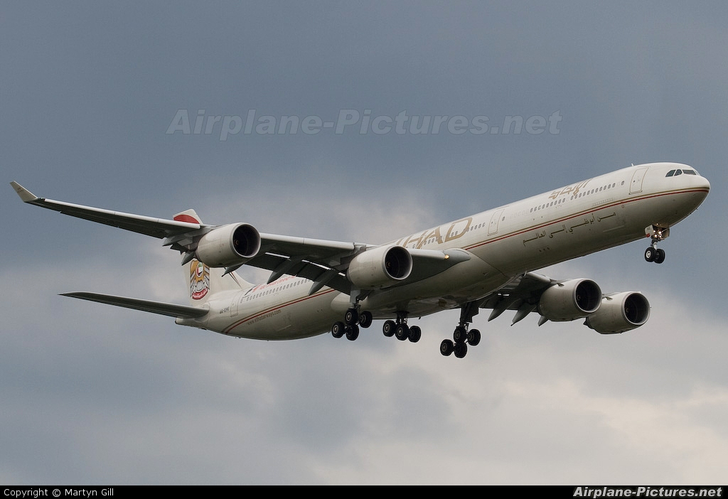 Etihad Airways A6-EHE aircraft at London - Heathrow