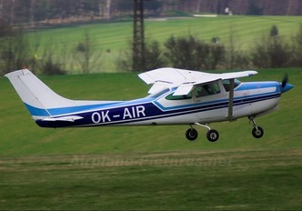 OK-AIR - F-Air Cessna 182 Skylane (all models except RG)