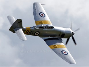 NX20MD - Private Hawker Sea Fury T.20