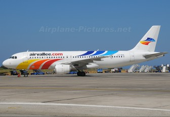 LZ-BHC - Air Vallee Airbus A320