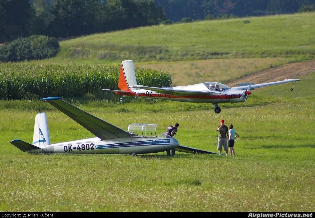 Aeroklub Benešov OK-4802 aircraft at Benešov