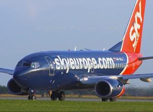 OM-NGJ - SkyEurope Boeing 737-700
