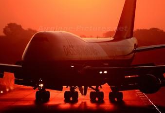 B-LFC - Oasis Hong Kong Airlines Boeing 747-400