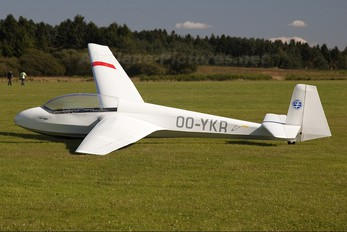 OO-YKR - Private Schleicher ASK-13