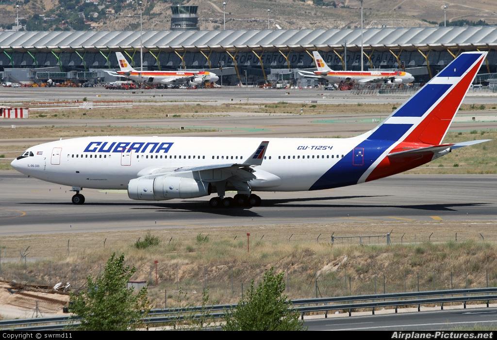 Cubana CU-T1254 aircraft at Madrid - Barajas