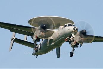 163849 - USA - Navy Grumman E-2C Hawkeye