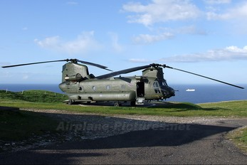 ZD575 - Royal Air Force Boeing Chinook HC.2