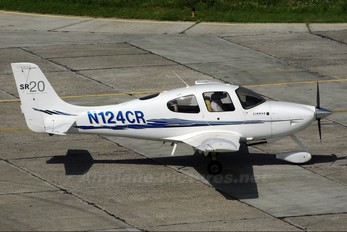 N124CR - Private Cirrus SR20